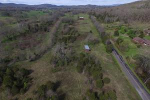 Small New Market Farm with Creek - Jefferson County TN