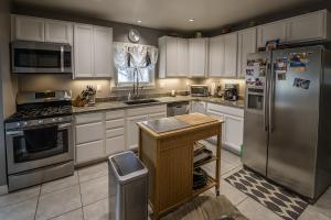 <p>Newly remodeled kitchen features LED lighting.</p>