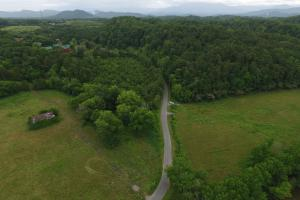 Sevierville Land Development Tract in Sevier, TN (3 of 18)