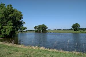 Secluded Home with Large Pond in Reno, KS (34 of 46)