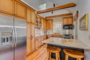 <p>Professionally Designed Kitchen</p>