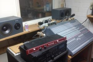 Recording studio (4 of 11)