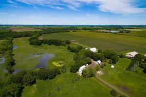 Aerial view showing acreage (3 of 25)