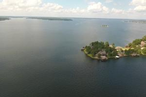 Live in a Barn! - Waterfront Point Lot - Lake Conroe in Montgomery, TX (11 of 30)