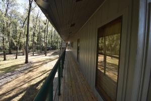 Lake Mary Waterfront Lodge in Wilkinson, MS (12 of 26)