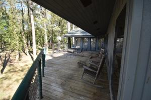 Lake Mary Waterfront Lodge in Wilkinson, MS (11 of 26)