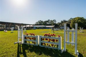 Orange River DaVinci Farms Equestrian Center in Lee, FL (14 of 29)