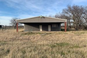 Shop with apartment on 108 acres in Royse City (5 of 21)