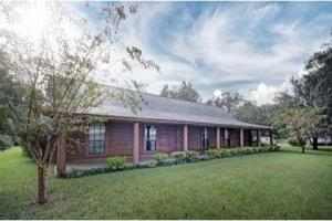 Canton Home + 2ac - Madison County MS