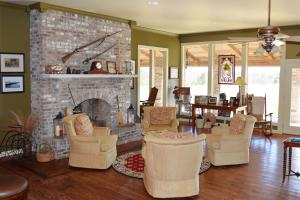 Rock Creek Equestrian Estate with Custom Home in Lawrence, AL (17 of 56)