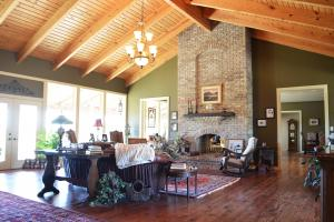 Rock Creek Equestrian Estate with Custom Home in Lawrence, AL (14 of 56)