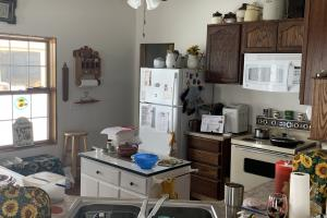 Brainard Acreage Living, Guest house kitchen.  (22 of 37)