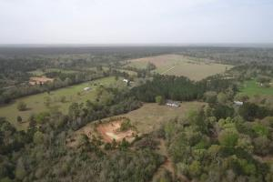 Recreational Retreat/ Ranch Bordering National Forest - San Jacinto County TX