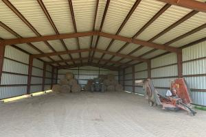 Spacious hay barn with plenty of room for hay, or equipment North of Eustace (37 of 48)
