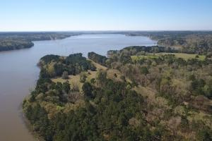 Private 30-Acre Waterfront – Over 2,200 Foot Water Frontage in Nacogdoches, TX (12 of 37)