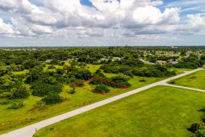 Nice lot in Cape Coral! - Lee County FL