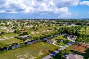 Stunning Freshwater Lot in Cape Coral ! in Lee, FL (5 of 8)