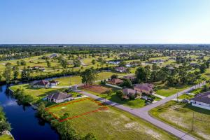 Stunning Freshwater Lot in Cape Coral ! - Lee County FL