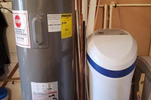Quaint Valley Acreage new water heater and water softener in 2016 (28 of 32)