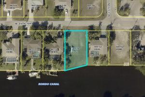 Salt Water lot with a sea wall in Cape Coral! ASSESSMENTS PAID IN FULL - Lee County FL