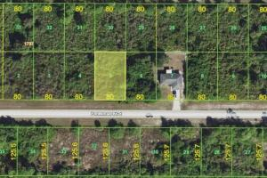 Beautiful Across from Water lot in Port Charlotte! - Charlotte County FL
