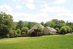 Odenville Custom Estate & Horse Farm in Saint Clair, AL (69 of 72)