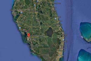 Wonderful Cape Coral Freshwater lot for sale!  in Lee, FL (5 of 5)