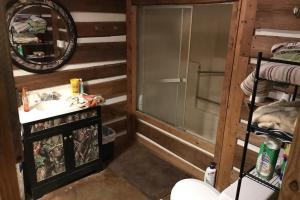 Guest Bathroom in Custom Cabin on +/-80 Acre Kemper County, MS Hunting & Recreational Property (10 of 25)
