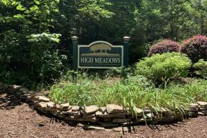 Table Rock Mountain View Homesite in Pickens, SC (3 of 17)