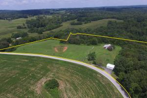 27 Acre Farm with Creek Frontage and Trout Fishing in Hart, KY (3 of 64)