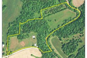27 Acre Farm with Creek Frontage and Trout Fishing in Hart, KY (58 of 64)