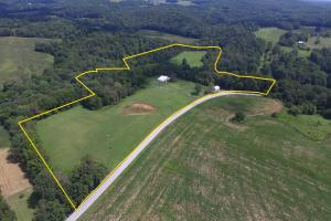 27 Acre Farm with Creek Frontage and Trout Fishing in Hart, KY (2 of 64)