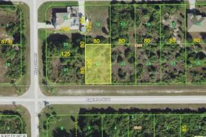 Great Port Charlotte lot to build your dream home!