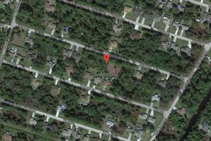 Great lot and very nice houses near by Between Sumter and Toledo Blade.  in Sarasota, FL (2 of 5)
