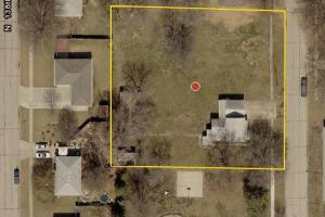 Large residential lot next to Park - Lancaster County NE