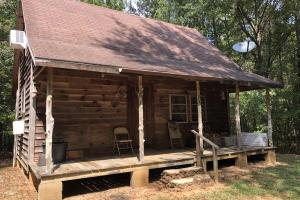 Highland Home Cabin Hunting and Timber Investment - Crenshaw County AL