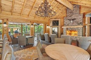 Bigbee Lake Lodge & Trophy Hunting Retreat - Washington County AL
