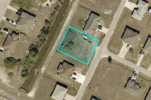 Great Location in Lehigh Acres!