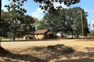 Christian Retreat with Land - Attala County MS