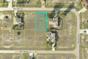 Nice lot in Cape Coral!