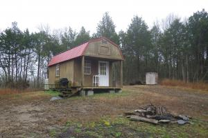 Hunting Cabin on 41 acres - Cumberland County, KY