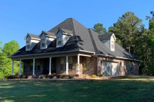 Flawless French Colonial With Gigantic Shop on Secluded +/-180 Acres - Neshoba County, MS