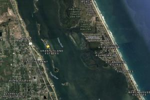 Vacant Residential Vacation Island Playground in Brevard County, FL (5 of 7)
