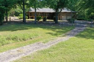 Briar Hill - Home, Ponds,Timber and Warehouse Storage - Montgomery County, AL