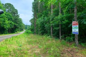 Home or Trailer Site on Paved Frontage in Neshoba Central School District - Neshoba County, MS