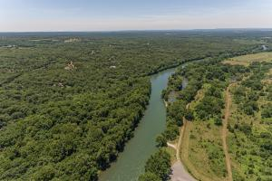 Illinois River Hunt/Fish Camp - Sequoyah County, OK