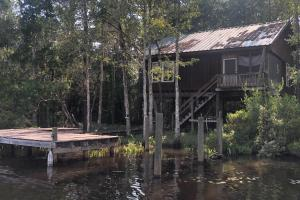 Bay Minette Creek Fish Camp - Baldwin County, AL