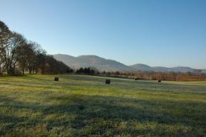 East Tennessee Farm & Farmhouse - Jefferson County TN