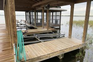 Two lifts, screened sitting area on dock (43 of 47)