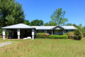 Turnkey Hunting Tract with Home